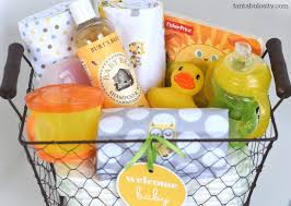 baby basket gift diy new baby gift basket idea and free printable fantabulosity