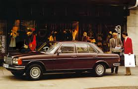 mercedes benz celebrates 40th anniversary of the legendary w123 e