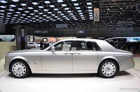 royal rolls royce 2012 geneva auto show rolls royce adds the new royal model into
