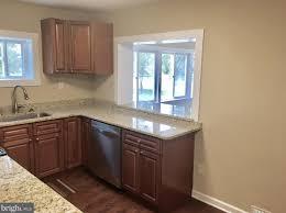100 best 25 green granite kitchen 100 kitchen cabinets york