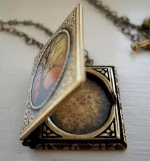 photo locket pendant necklace images Book locket pendant arts crafts and design finds jpg