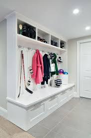 Diy Entryway Bench With Storage Best 20 Entryway Bench Storage Ideas On Pinterest Entry Storage