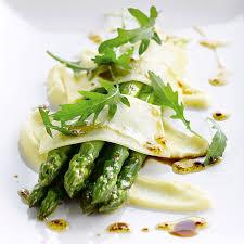 cuisiner asperge verte 8 idées gourmandes pour déguster les asperges à toutes les sauces