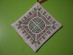 finishing a pillow ornament obsessed with thread