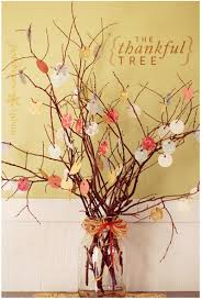 thanksgiving home decor thankful tree todaysmama