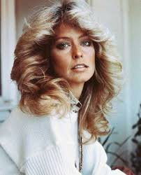 updated farrah fawcett hairstyle get the look farrah fawcett s iconic hairstyle