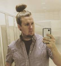 mens hair topknot 7 types of man bun styles for men explained man bun hairstyle