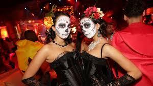 xs nightclub costume contest at tryst u0026 surrender