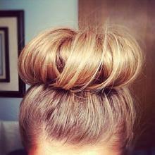 penny bun hairstyle big bang looks like penny s hair from the big bang theory hair