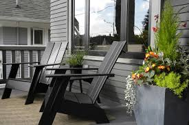 Pea Gravel Front Yard - sumptuous plastic adirondack chairs in eclectic seattle with stone
