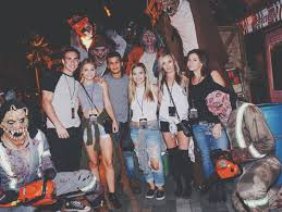 vip halloween horror nights 2015 this haunted house is so terrifying you have to sign a waiver