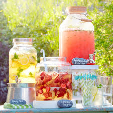 How To Throw A Backyard Party 14 Best Backyard Party Ideas For Adults Summer Entertaining Decor