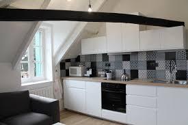 cuisine renovation fr cuisine et blanche ikea plan de travail bois brut et