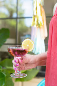 the 5 things you need for a perfect outdoor summer party lovely