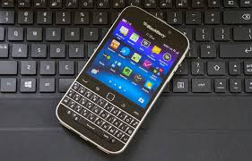 blackberry android phone blackberry going all in on android could save its phone business