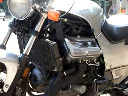 Honda Engines Specs File Honda St1100 Engine Closeup Jpg Wikimedia Commons