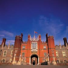 How To Make History Fun At Hampton Court Palace Suitcases And