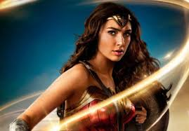 The Social Cast The Week In Spandex U2013 Wonder Woman Gets Rave Reviews More Justice