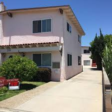 apartment unit d at 2015 plant avenue redondo beach ca 90278