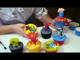 spiderman superman batman incredible hulk superhero cupcakes