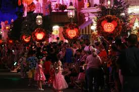 10 must see amusement park halloween events travel channel