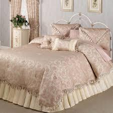 Bedroom Comforters Beautiful Romantic Bedroom Comforters 25 In Small Home Decor