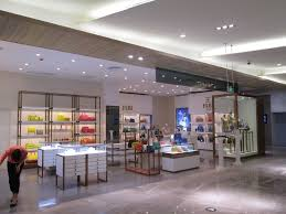 shop light garage light 4 039 long 4 500 lumens led linear handbags retail shopled lighting design project m2 light stop