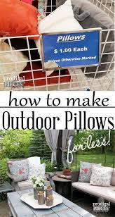 World Market Outdoor Pillows by Best 25 Outdoor Pillow Ideas On Pinterest Deck Privacy Screens
