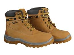 buy boots from uk toolbank com titanium s3 safety wheat boots uk 7 41