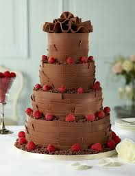 wedding cake sederhana 75 best chocolate covered wedding cakes images on