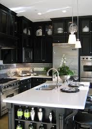 plan de travail cuisine noir cuisine et plan de travail blanc je fouine tu fouines il