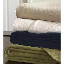 Grey Matelasse Coverlet Bedroom Using Gorgeous Matelasse Coverlet For Cozy Bedroom