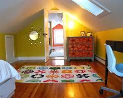 jugendzimmer dachschräge kinderzimmer mit schräge home dekor beeiconic