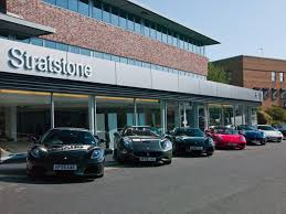 ferrari showroom ferrari announces the opening of stratstone manchester u0027s new