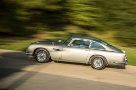 aston martin classic james bond bulletproof driving james bond u0027s aston martin db5 dbs and db10