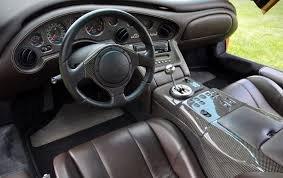 2001 lamborghini diablo vt 6 0 driving a poster car the lamborghini diablo vt 6 0 se