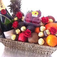 fruit basket gifts get well gifts fruit hers fruit baskets gifts delivered