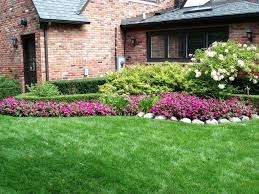 Elevated Front Yard Landscaping - landscaping ideas for front yard of split level home the garden