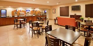 holiday inn express u0026 suites lincoln airport hotel by ihg