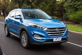 hyundai jeep 2017 2017 hyundai tucson review live prices and updates whichcar