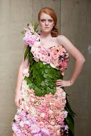 flower dress i wish she was smiling a dress of flowers dress me in