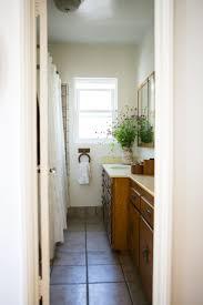 bungalow bathroom ideas 31 best hamptons bathroom ideas images on pinterest room colors