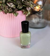 eco friendly nail salon owner shares 10 eco friendly products you