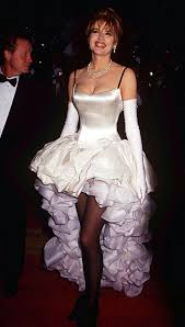 swan dress most memorable oscars dresses from bjork s swan to