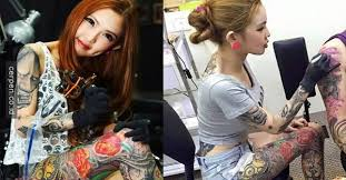 tato keren wanita indonesia tubuh gadis ini penuh tato ia berhenti sekolah pada usia 13 tahun