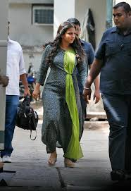 vidya balan 2016 wallpapers is vidya balan trying to hide baby bump photo1 india today
