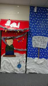 71 best christmas door decorations images on pinterest christmas