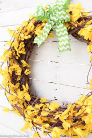 Springtime Wreaths 13 Diy Easter Wreaths To Make Homemade Easter Door Wreath Crafts