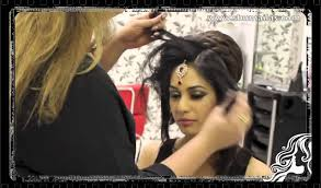 marriage bridal hairstyle indian pakistani asian bridal hair style tikka u0026 dupatta setting