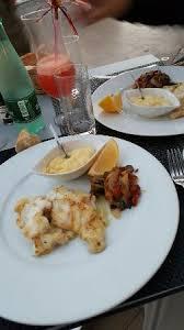 bonne cuisine rapide repas très bon accueil sympa service rapide très bonne adresse